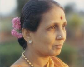 MOM 1 (2)